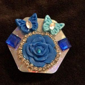 Blue flower butterfly Phone grip